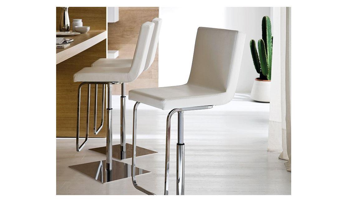 Barski stol Afro SG7