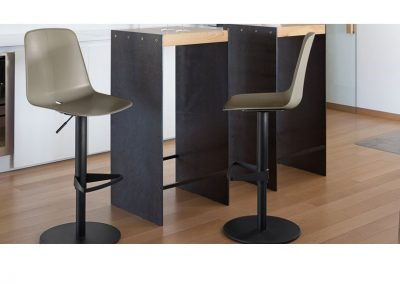 Barski stol Dot
