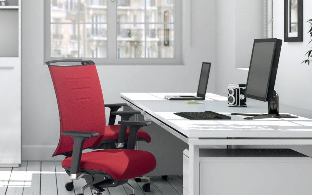 Kako pravilno izbrati pisarniški stol?