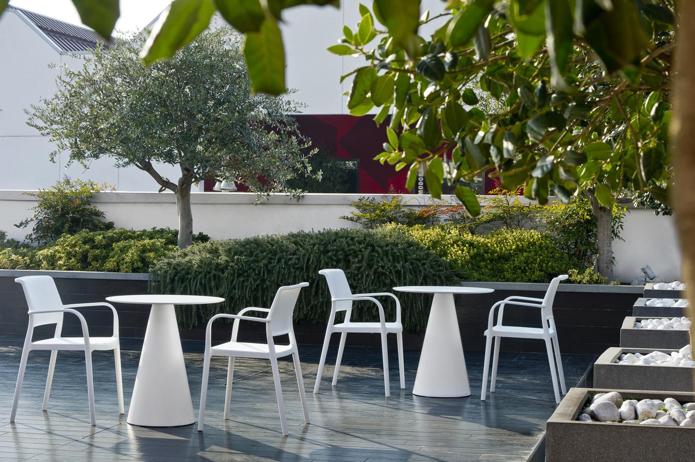 Vrtni stol Ara