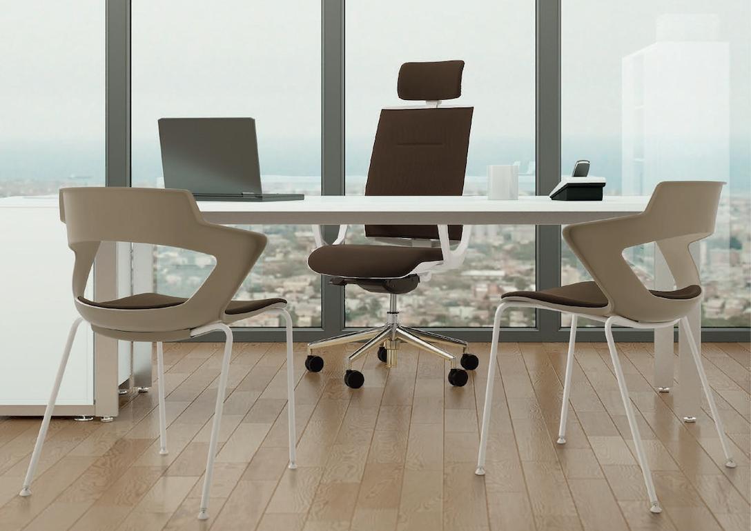 Dober pisarniški stol